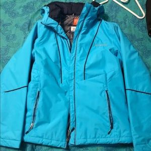 Columbia sportthermal raincoat